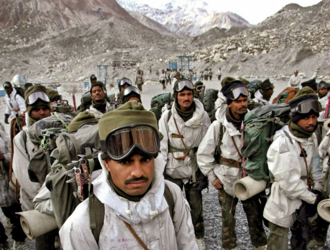 Индийские солдаты.jpg